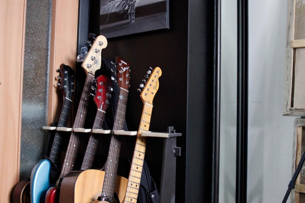 Guitar_Necks