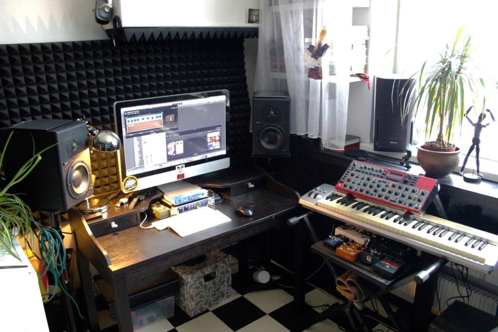 Studio_Side